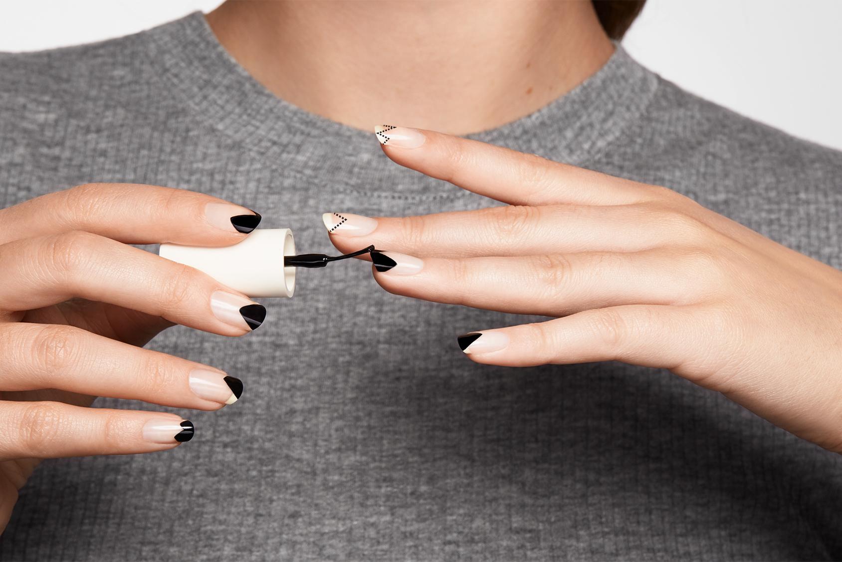 Create a modern French manicure, step 4.