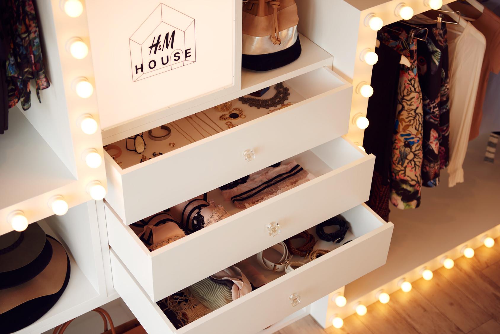 H&M HOUSE 1軒まるごとクローゼット_5