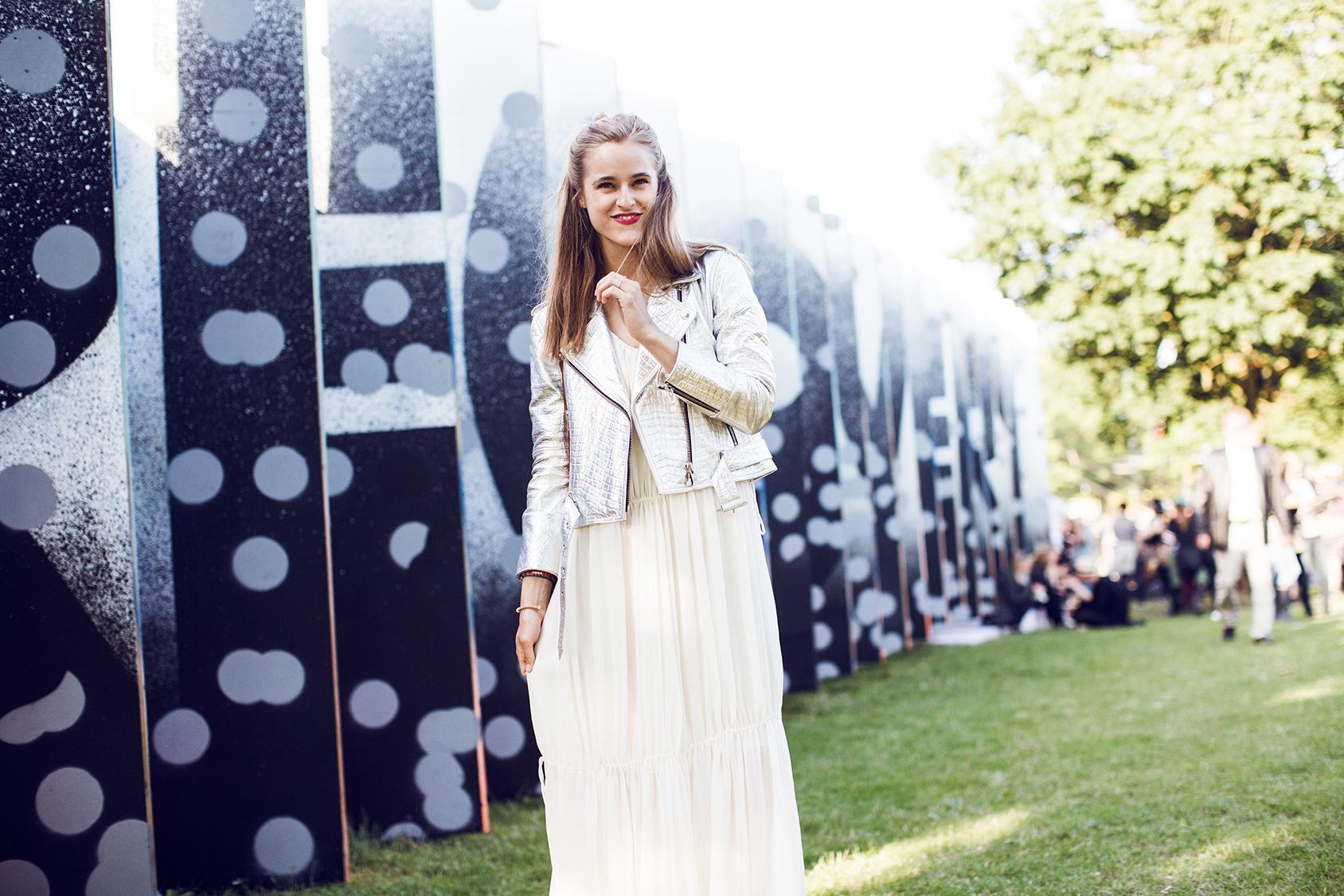 Cathrine Nissen lleva un vestido de H&M