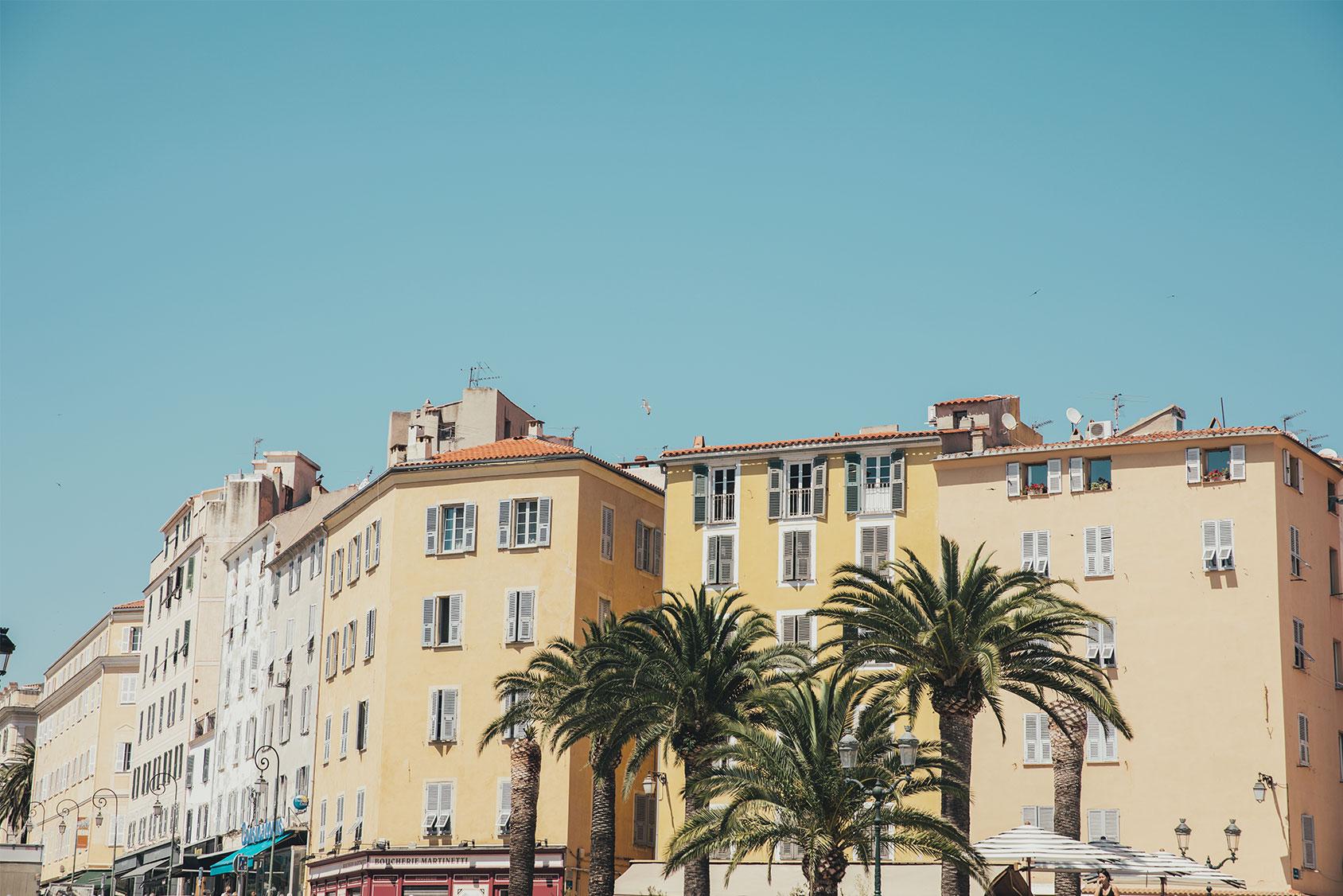 Korsika yazı