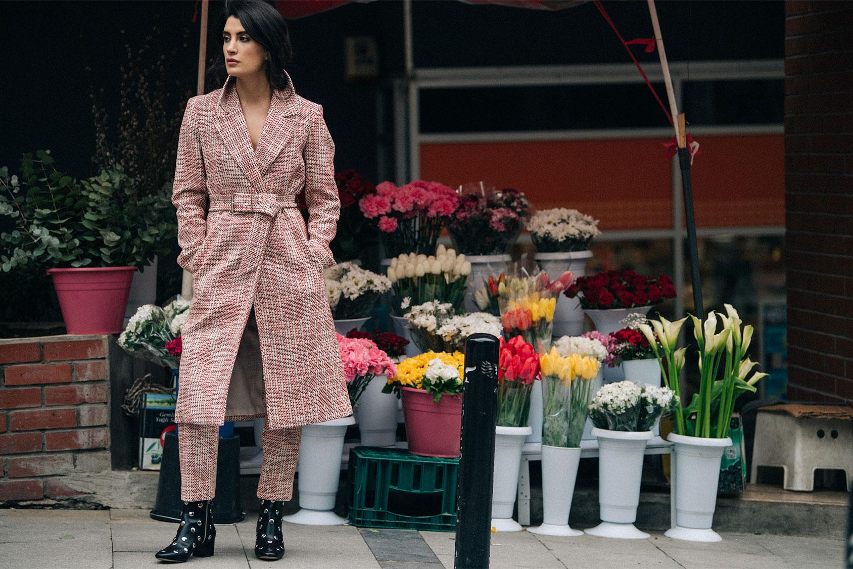 Gamze Biran in H&M