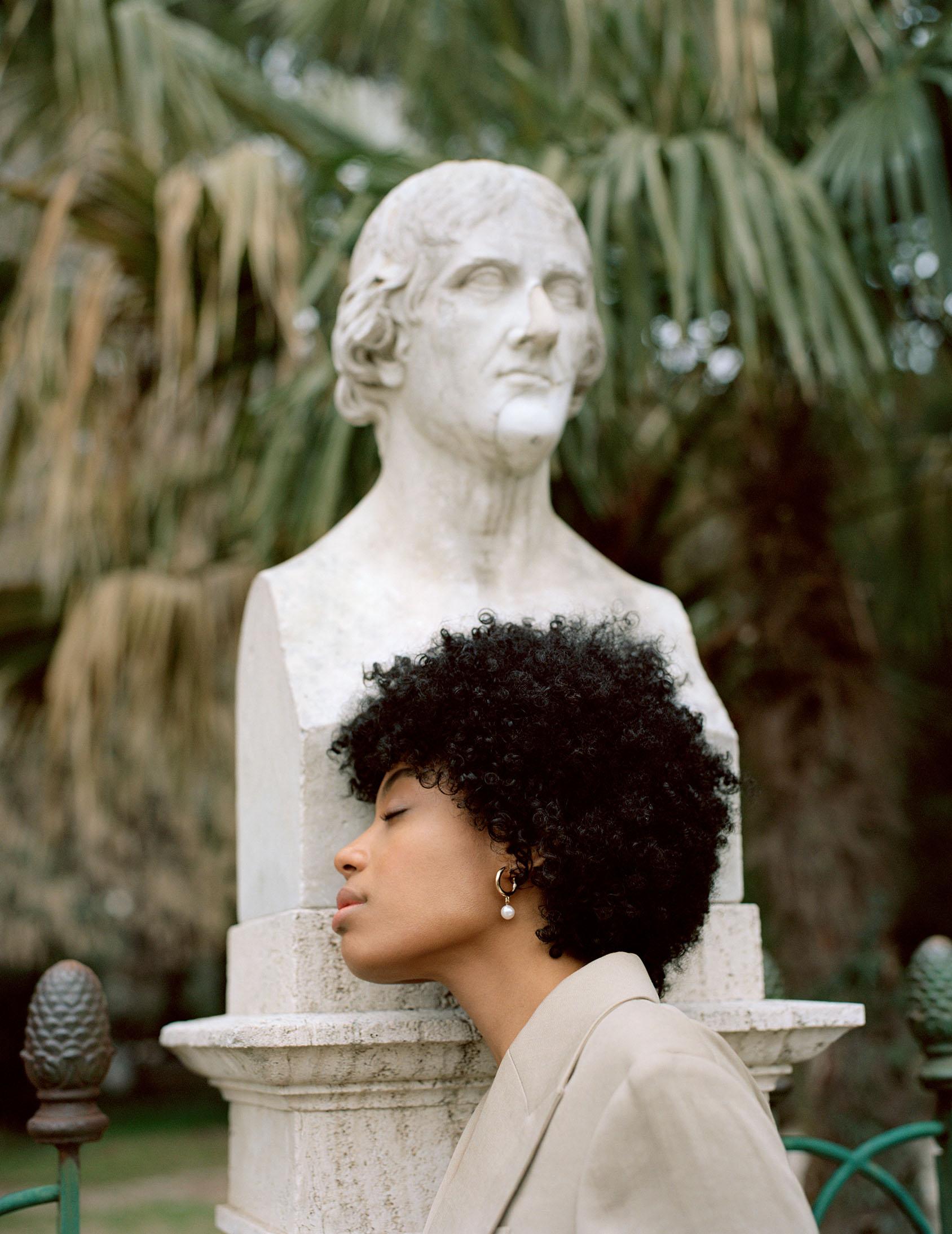 H&M pearl earring