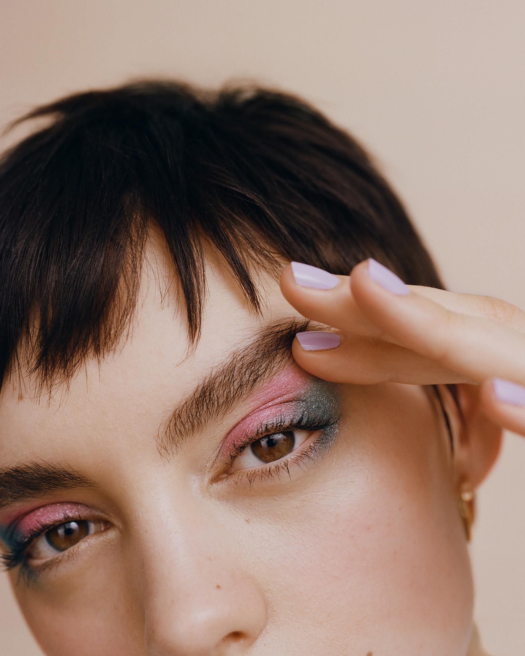 H&M pastell eyeshadow make up