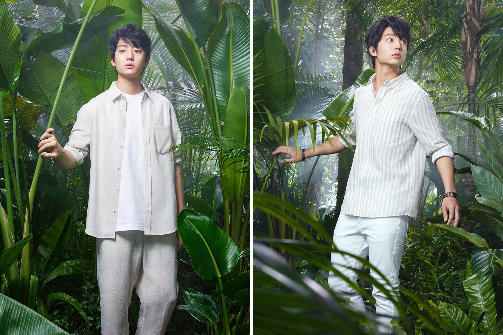 左:リネンシャツ:2,999円、Tシャツ:1,299円、パンツ:3,999円 右:ストライプシャツ:1,299円、パンツ:2,499円、ブレスレット(ブラウン):999円、ブレスレット(ブルー):999円